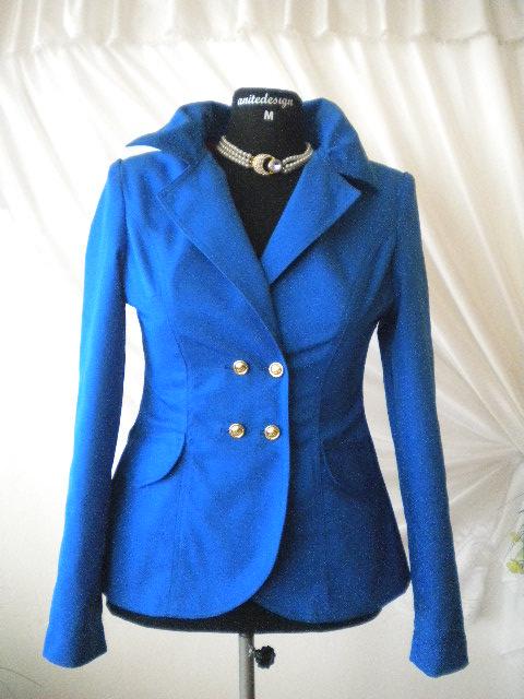 стилно и елегантно дамско вталено сако