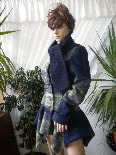 Нестандартно   и стилно дамско палто  , изработено от кашмир