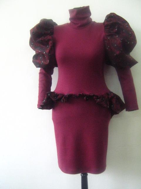 Вечерна и елегантна  дамска рокля с буфан ръкав