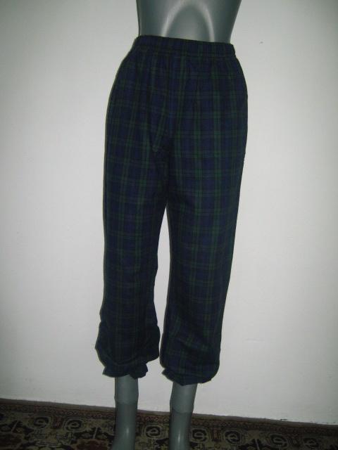 панталонки -пижама от бархет каре в тъмно синьо и зелено