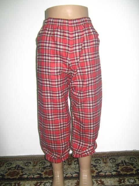 панталонки -пижама от бархет каре в червено ,бордо и бежово