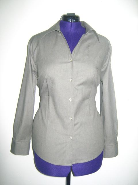 Класическа дамска риза -вталена цвят сиво зелен  тип дънкова