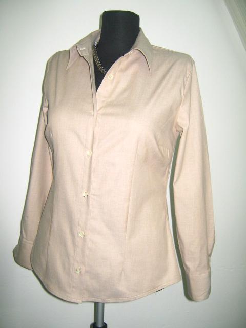 Класическа дамска риза -вталена цвят беж тип дънкова