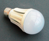 10W LED Крушка 220V E27 Топло Бяла Светлина