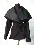 Черна пелерина - палтенце